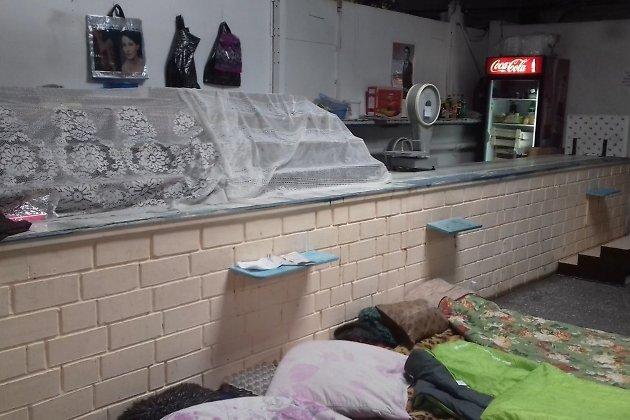 Рабочие рынка около Иркутского авиационного завода воВтором Иркутске устроили голодовку
