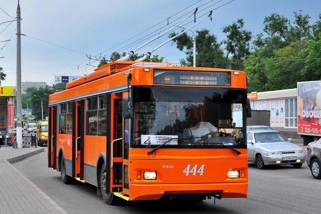 «Троллейбус марки ТРОЛЗА