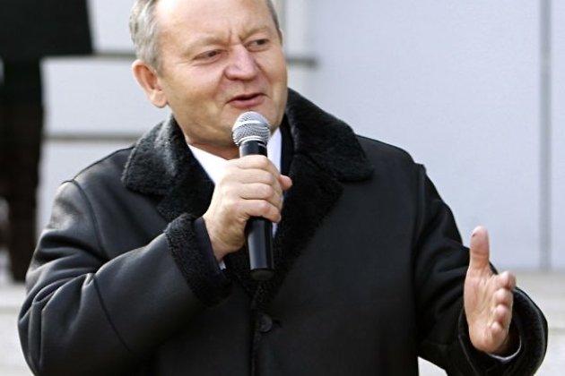 Сергей Безруков иКот ученый зачитают текст «Тотального диктанта»