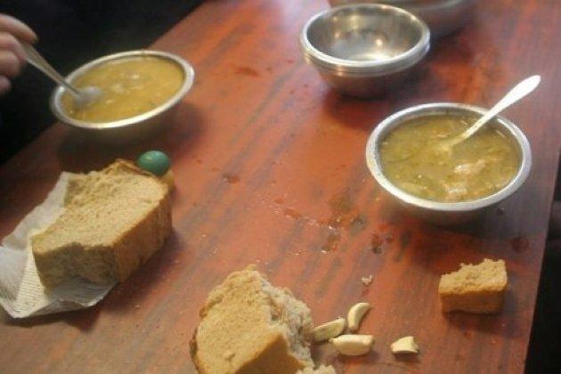 Работники милиции вЗАТО Горный за собственный счёт приобретали еду для задержанных