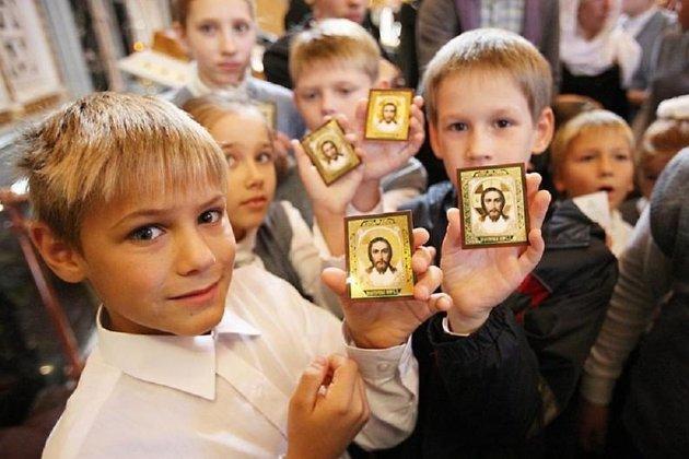 Епископ Дмитрий поддержал идею ввести вшколах Российской Федерации предмет «Православная культура»