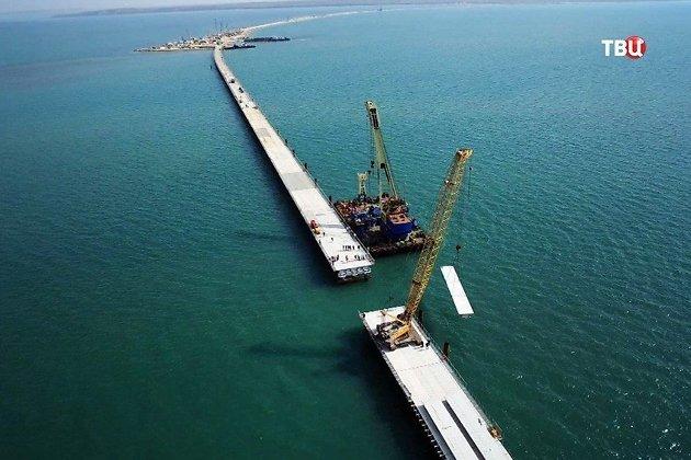 Сибирский дорожник: Крымский мост приостановил строительство дорог в РФ Нет денежных средств