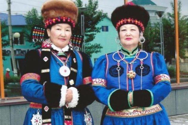 Агинский национальный костюм
