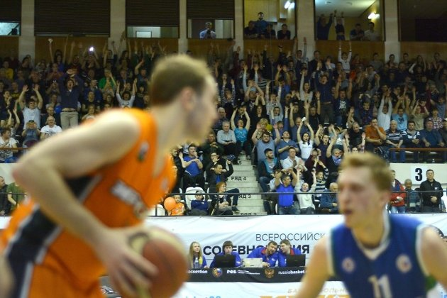«Иркут» навыезде обыграл «Новосибирск» ивышел вфинал Суперлиги