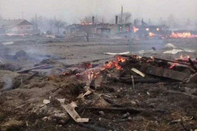 Пожар уничтожил дома в Унд