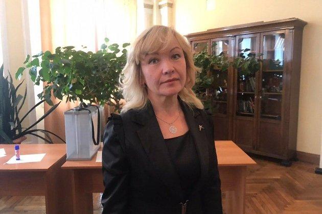 Елена Краузе в краевом избиркоме, сразу после подачи заявления на выборы губернатора