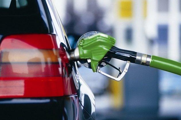 Еще наодной сети АЗС Красноярска подорожал бензин