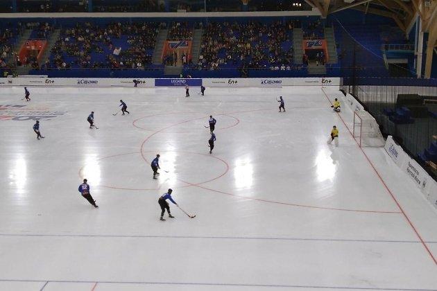 Раскатка хоккеистов «Байкал-Энергии» перед игрой с «Сибсельмашем»