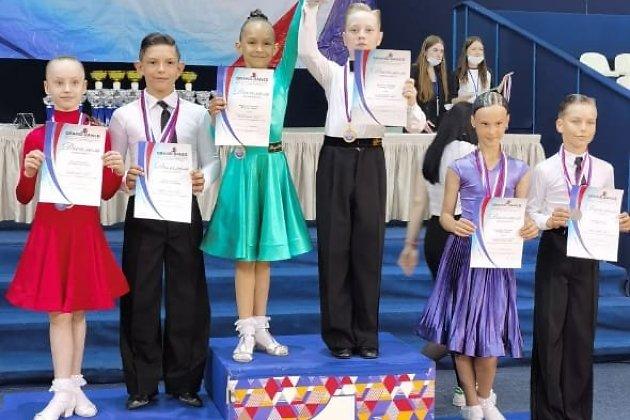 Мусатов Тимофей, Фещенко Дарья (1-е место)