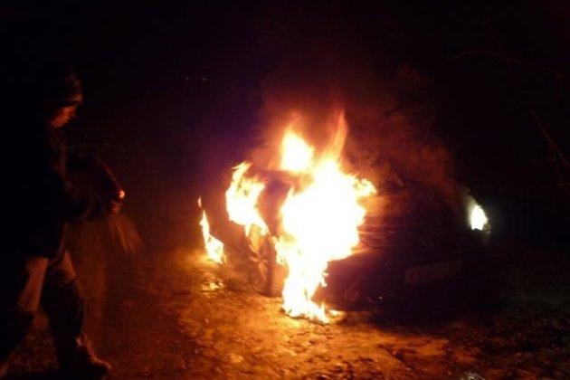 Еще две иномарки выгорели ночью вАнгарске