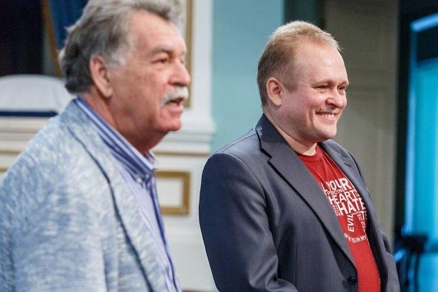 Главреж Иркутского драмтеатра Станислав Мальцев (справа)