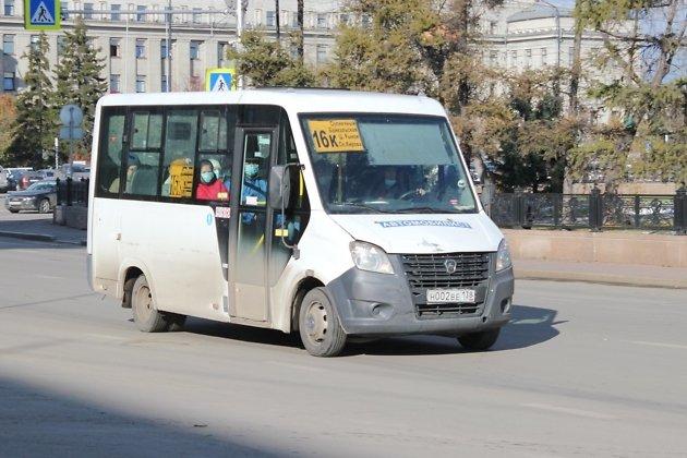Водители имеют право не двигаться, если пассажир не надел маску