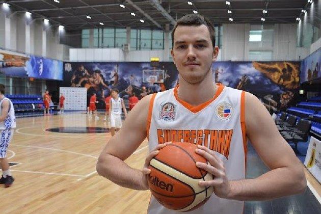 Александр Стуленков