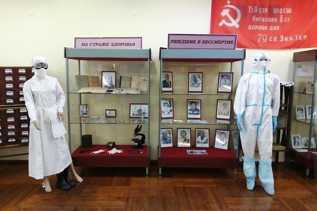 Выставка, посвящённая погибшим в борьбе с COVID-19 медработникам