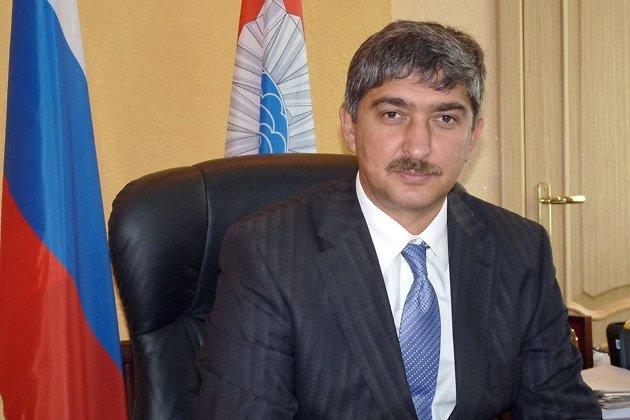 Экс-мэр Слюдянского района хочет снять сдолжности нового главы города