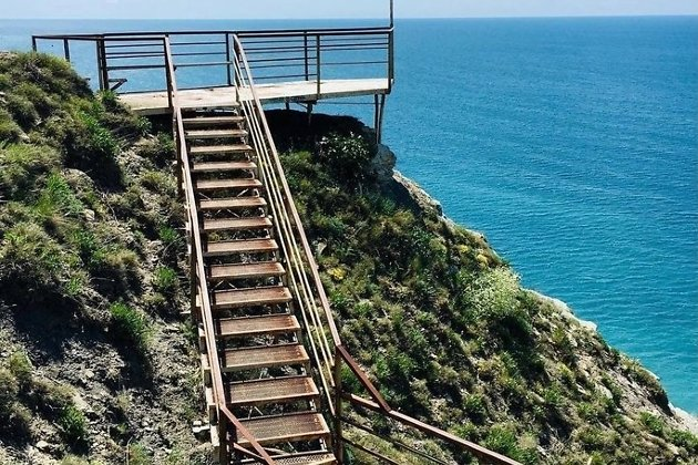Супсех - пляж 800 ступеней