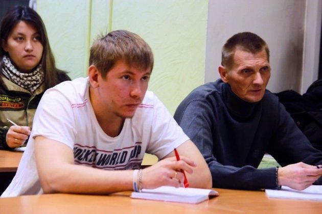 Денис Широбоков (слева)