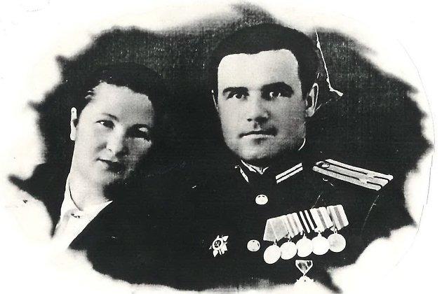 И.Х. Сытник с женой