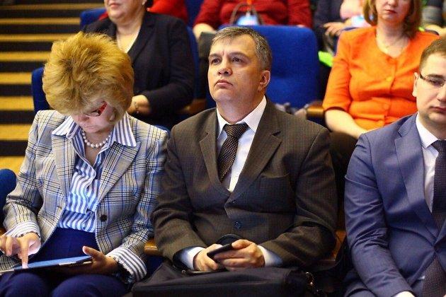 Министр образования Забайкальского края Андрей Томских на Дальневосточном женском форуме
