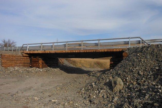 Один из восстановленных мостов