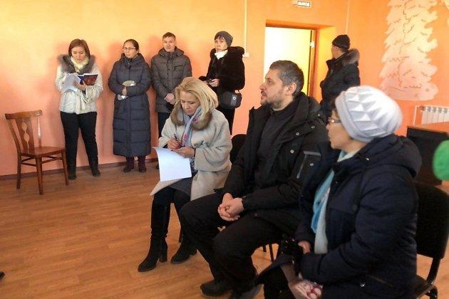 Александр Осипов на встрече с пострадавшими в пожарах, 19.12.2019