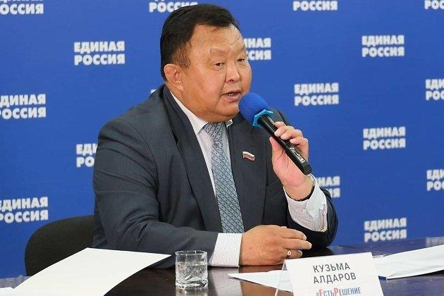 Вице-спикер заксобрания Иркутской области Кузьма Алдаров