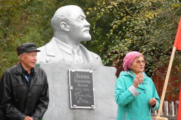 Памятник Владимиру Ленину в Сретенске