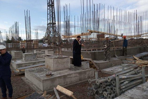 Освящение строительства школы в мкр Октябрьский в Чите
