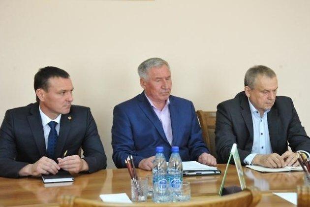 Виталий Ломаев (слева), Владимир Лоскутников (в центре) и Анатолий Романов