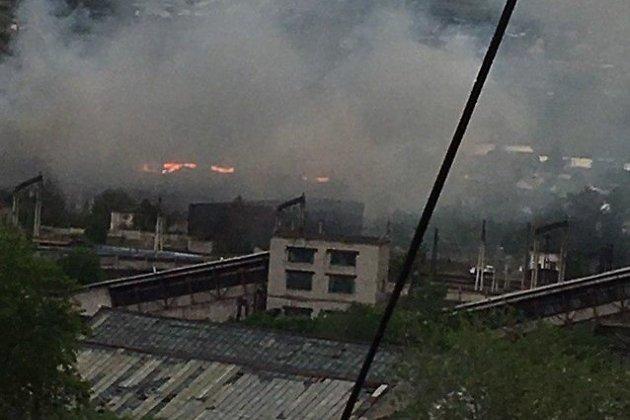 Пожар заброшенного цеха Дарасунского завода горного оборудования