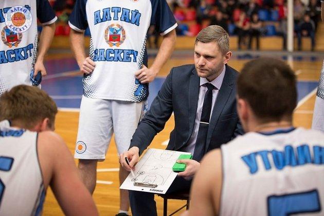 Евгений Горев в качестве главного тренера БК «АлтайБаскет» (Барнаул)