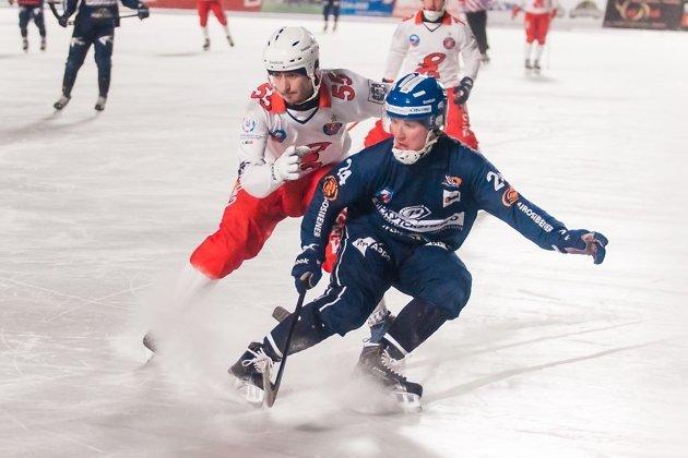 «Енисей» вИркутске громит «Байкал-Энергию»— Хоккей смячом