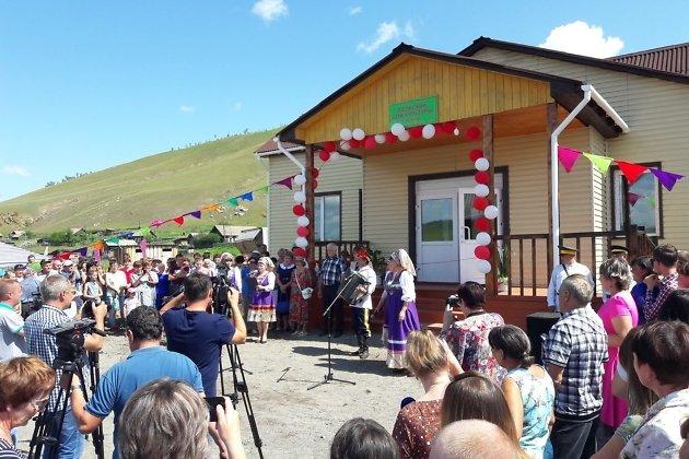 Открытие первого за 40 лет нового дома культуры в Шелопугинском районе, село Копунь.