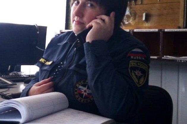 Диспетчер пожарно-спасательной части №54 города Нижнеудинска Иркутской области Татьяна Уколова