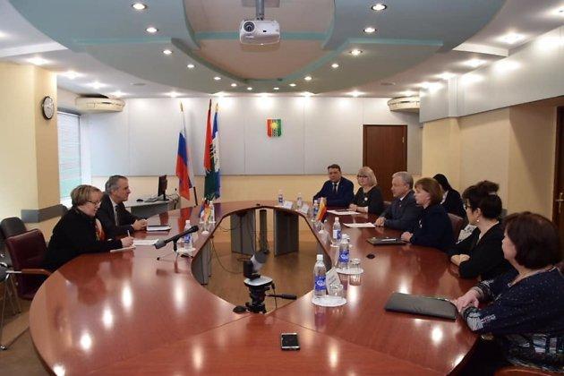 Встреча Серебренникова и Генконсулом Германии