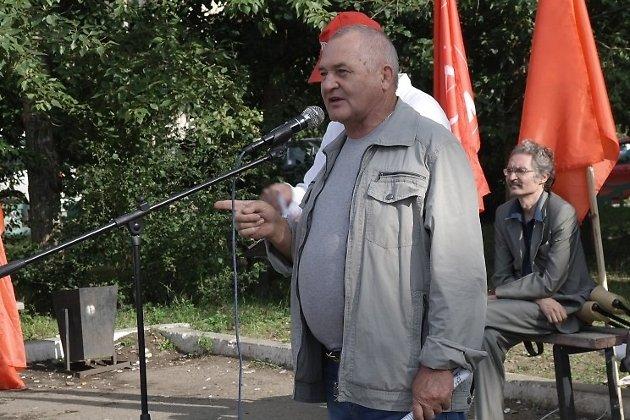 Юрий Гайдук на митинге