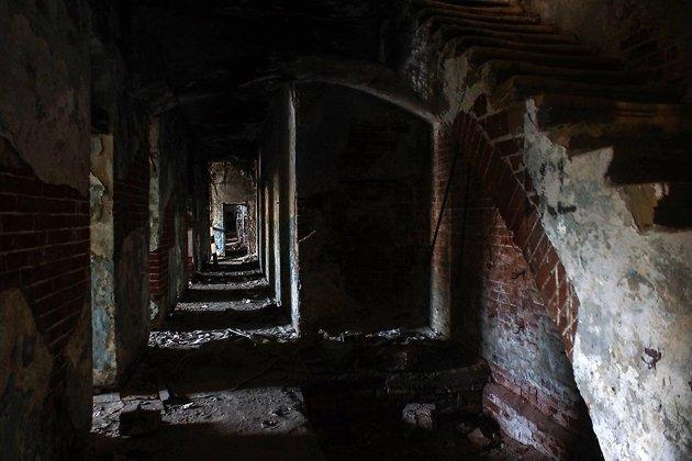 Бывшая гостиница «Амурское подворье», где останавливался Чехов. Фурье, 1в.