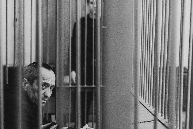 Самый кровавый сумасшедший РФ Михаил Попков изАнгарска— вновь наскамье подсудимых