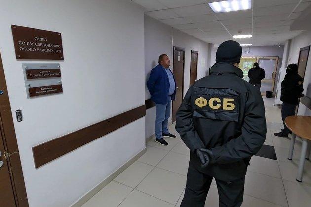 Задержанный Александр Душин в управлении Следственного комитета по Иркутской области