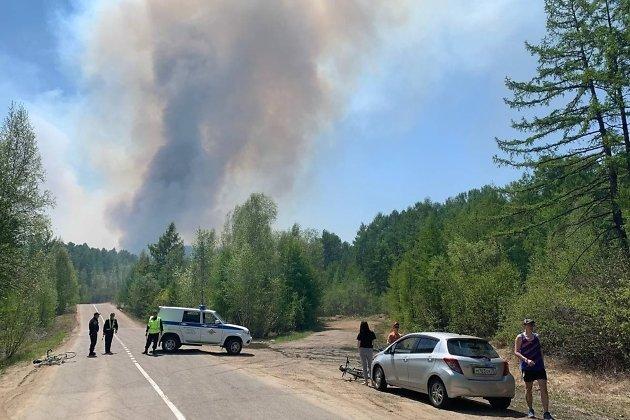 Пожар возле Молоковки 6 июня
