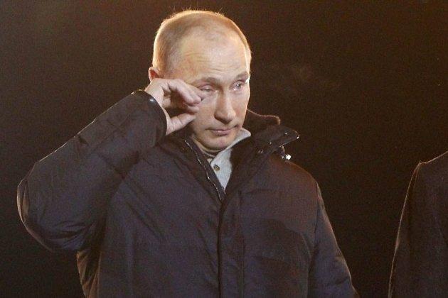 Владимир Путин на митинге на Манежной площади после победы на выборах в 2012 году