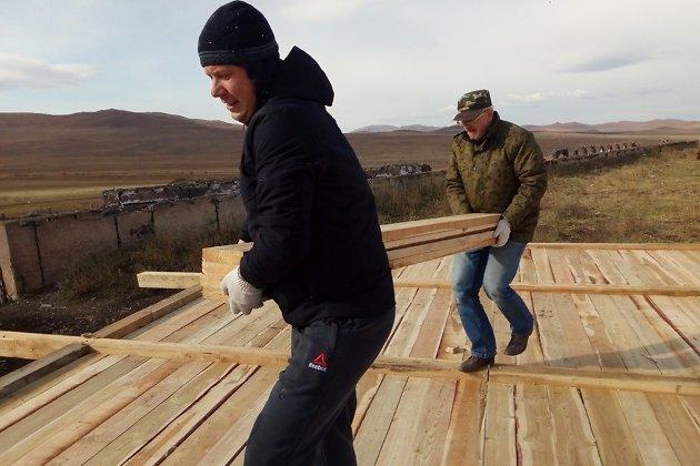 Восстановление чабанской стоянки в Приаргунском районе