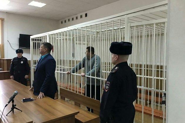 Александр Ларин заслушивает приговор