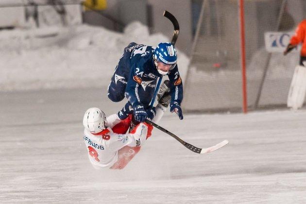 «Байкал-Энергия» победил «Водник» вматче 2-го этапаЧР побенди