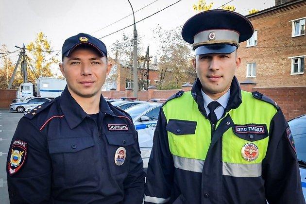 лейтенант полиции Михаил Ларионов и инспектор ППС капитан полиции Лев Макеев