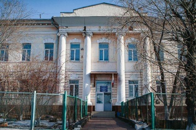 Школа №18. Центральный вход