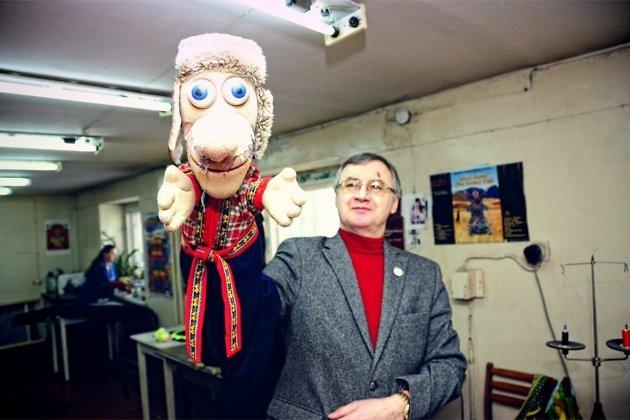 Александр Мусиенко с куклой