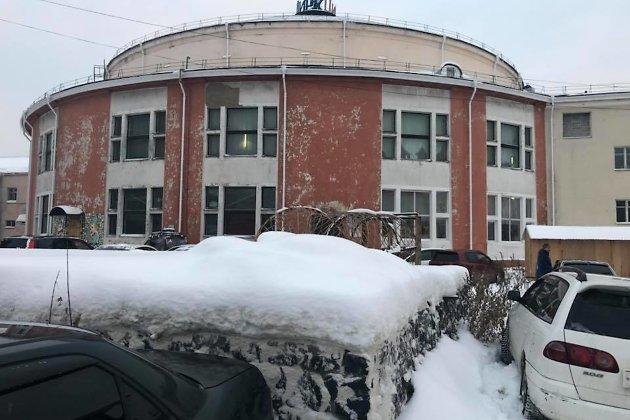 После скандала всоциальных сетях начался ремонт Иркутского цирка