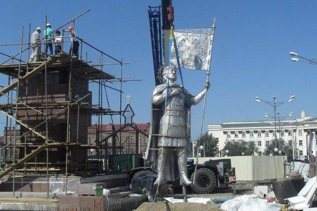 Памятник Александру Невскому в Чите
