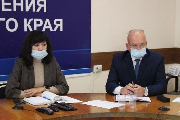 Министр здравоохранения Забайкалья Анна Шангина и её зам Андрей Балуев